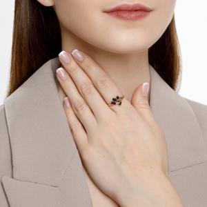 Кольцо из золота с синими корундами