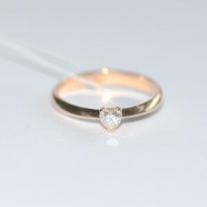 Кольцо из красного золота с муассанитом в виде сердца (17,5 р-р)