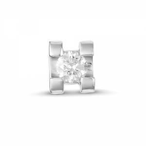 Подвеска из белого золота c бриллиантом